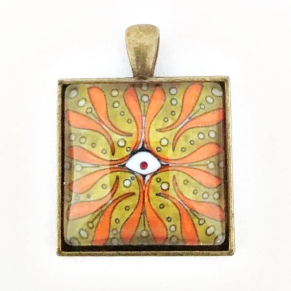 Necklace Square Eye