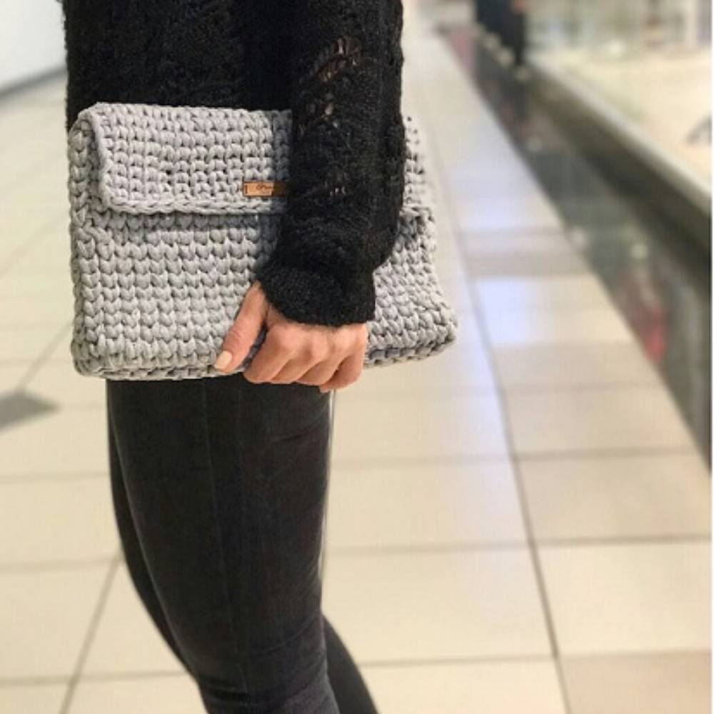Grey Knitting Clutch K2030